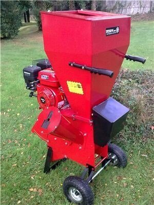 7HP Garden Chipper Shredder Mulcher from TITAN PRO